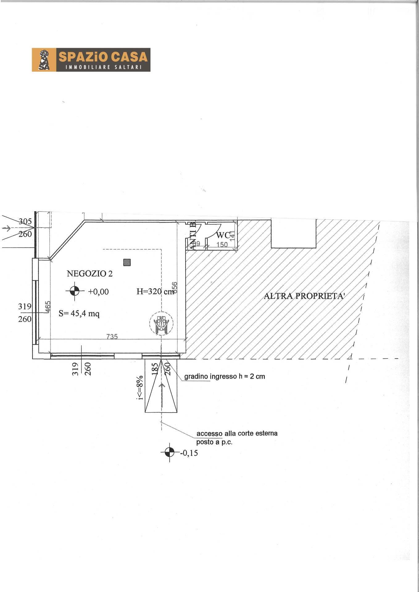 Negozio / Locale in affitto a Morrovalle, 9999 locali, zona Zona: Trodica, prezzo € 400   CambioCasa.it