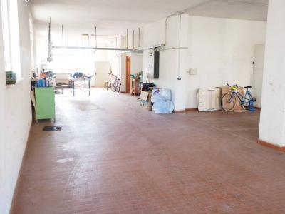 Laboratory/Warehouse for Sale to Morrovalle