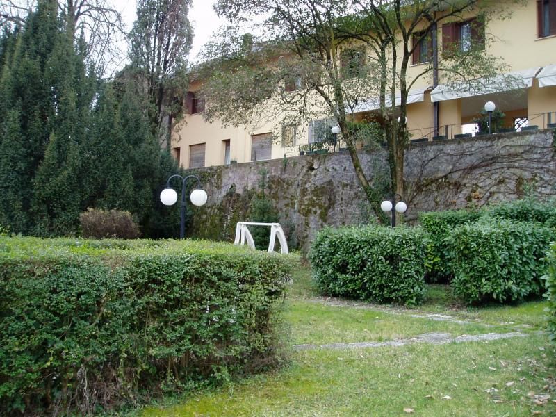 Albergo in vendita a Pieve di Soligo, 9999 locali, Trattative riservate | CambioCasa.it