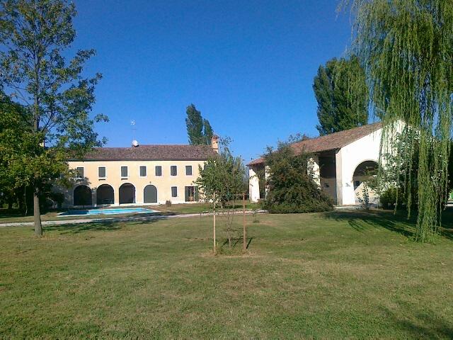 Villa in vendita a Quarto d'Altino, 11 locali, prezzo € 1.200.000   Cambio Casa.it