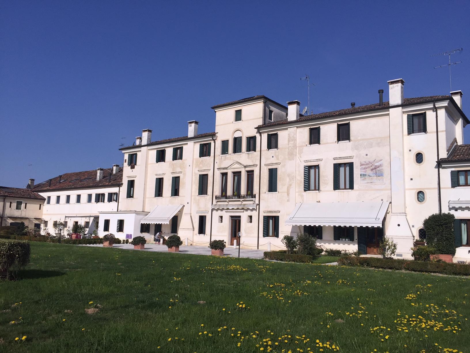 Appartamento in vendita a San Biagio di Callalta, 5 locali, zona Località: Olmi, prezzo € 320.000 | Cambio Casa.it
