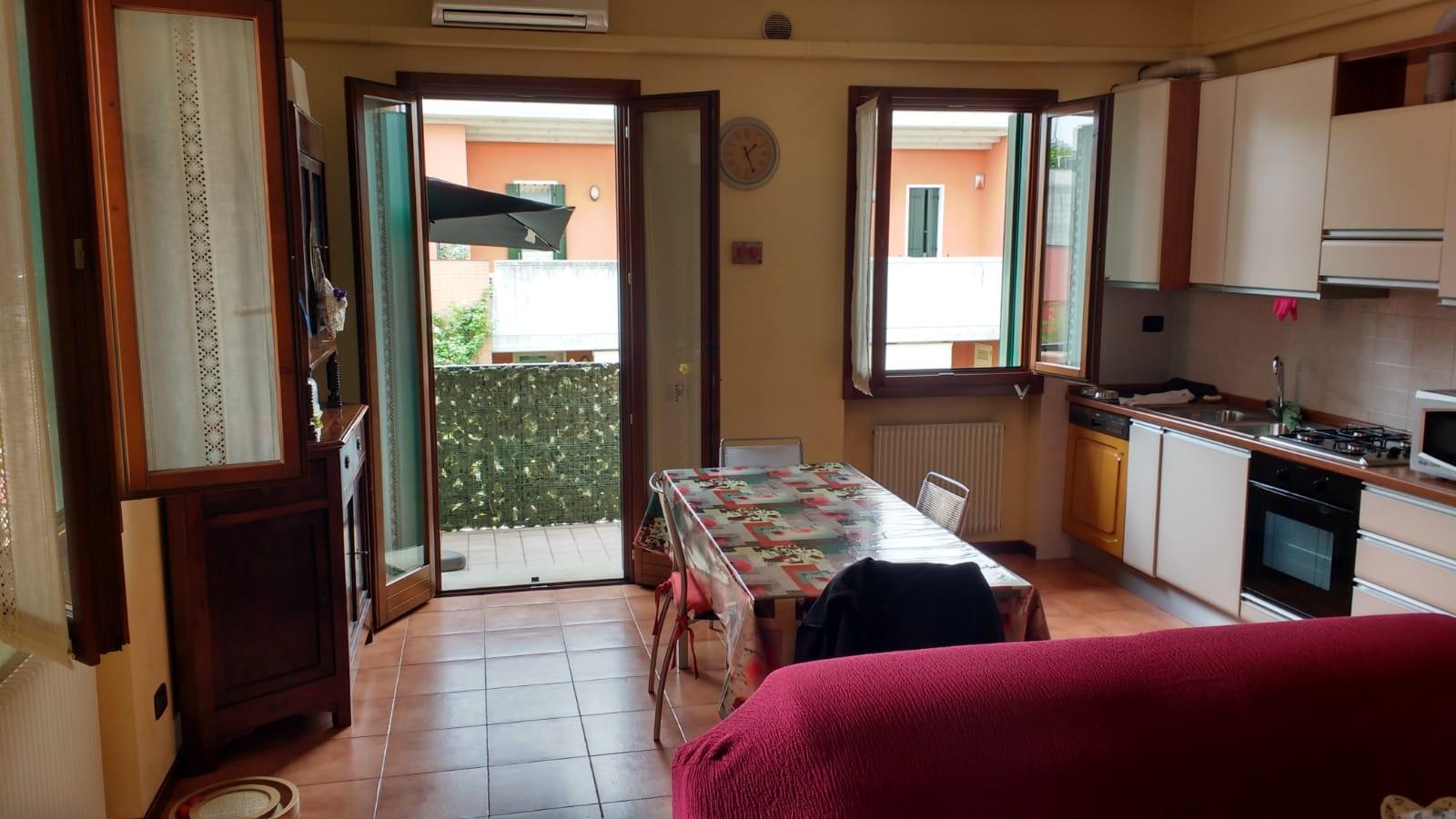 vendita appartamento treviso s.maria del rovere  170000 euro  4 locali  70 mq