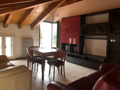 Appartamento in Affitto a Povegliano