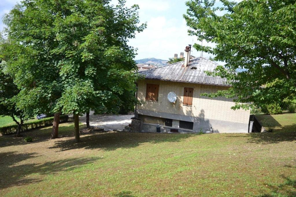 Soluzione Indipendente in vendita a Servigliano, 8 locali, prezzo € 125.000 | CambioCasa.it