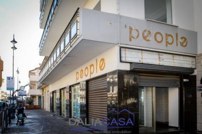 Locale commerciale in Affitto a Minturno