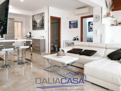 Villa in Affitto a Formia