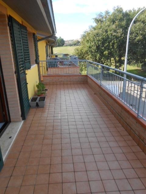 Appartamento in affitto a Monte San Vito, 3 locali, zona Zona: Borghetto, prezzo € 400 | Cambio Casa.it