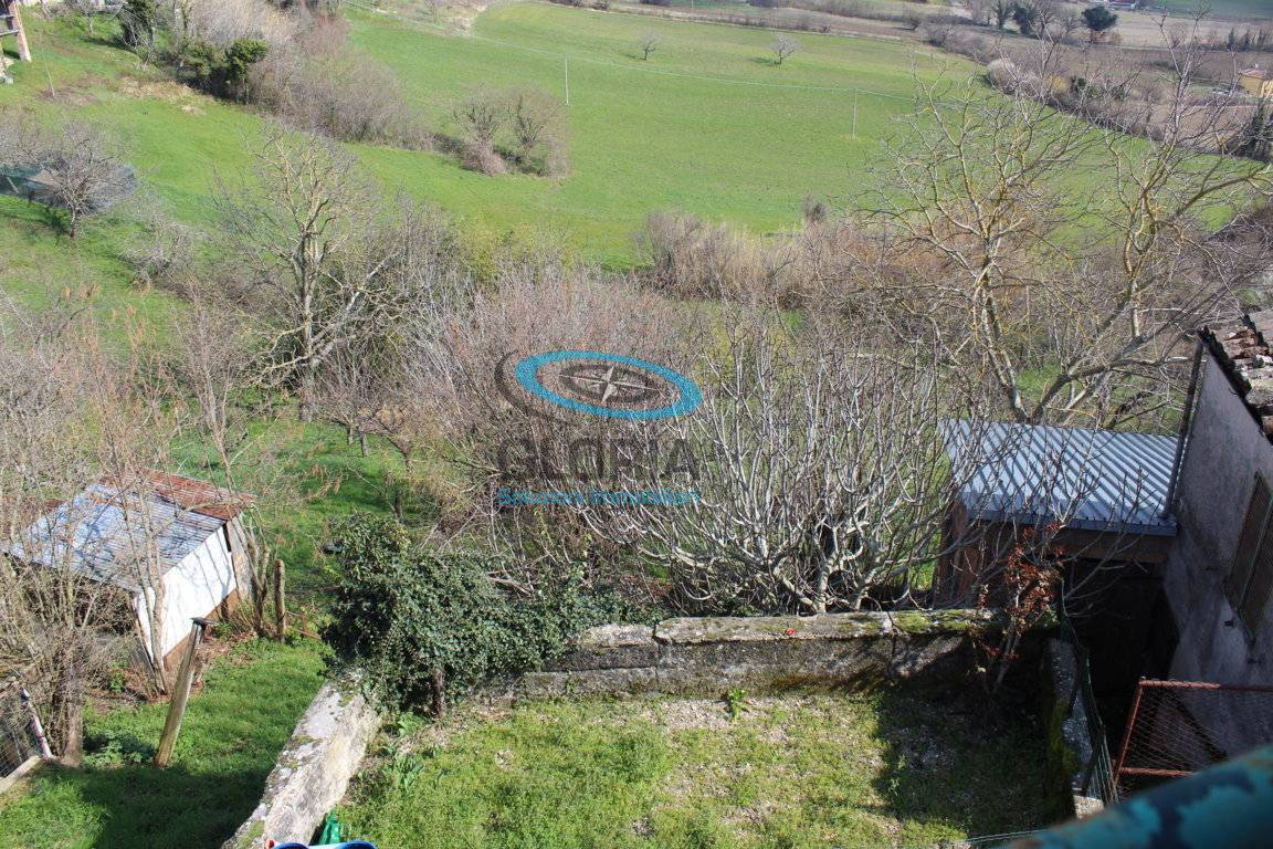 Casa indipendente in vendita a Fabriano (AN)
