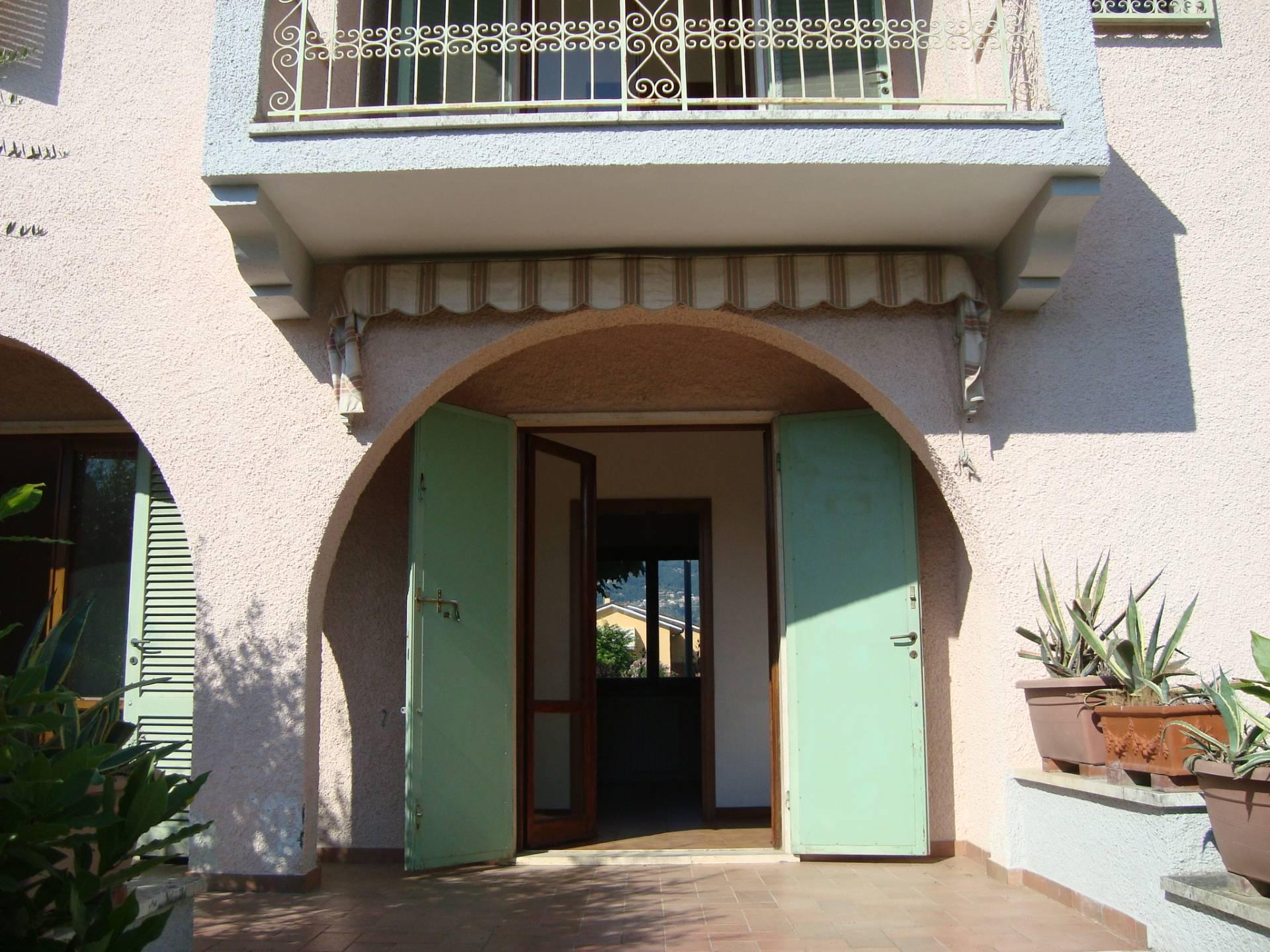 Villa in Vendita a Pietrasanta Cod. VG239