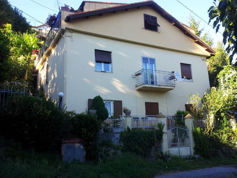 Soluzione Indipendente in vendita a Mignanego, 10 locali, prezzo € 260.000 | Cambio Casa.it