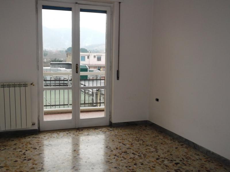 Appartamento in vendita a Nola, 3 locali, prezzo € 135.000   CambioCasa.it