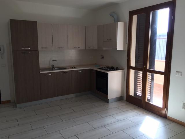 Appartamento in affitto a Calcinaia, 2 locali, zona Zona: Fornacette, prezzo € 500 | Cambio Casa.it