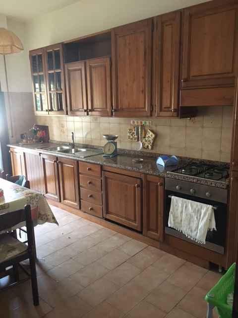Appartamento in affitto a Calcinaia, 5 locali, prezzo € 900 | Cambio Casa.it
