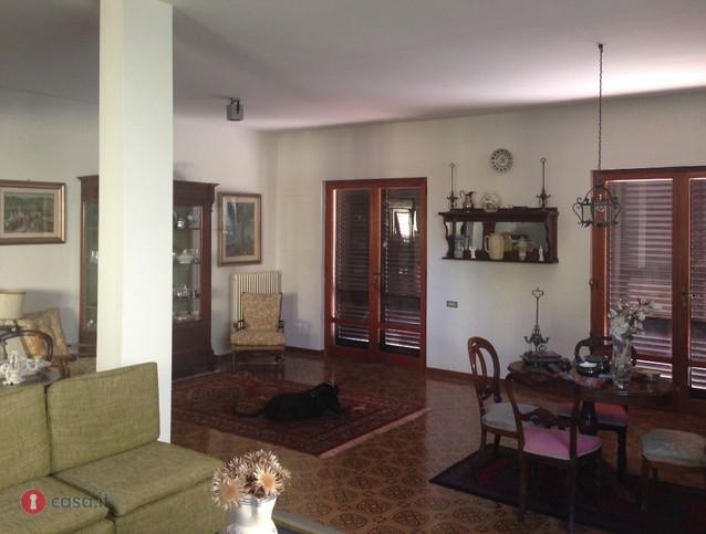 Villa in vendita a Calci, 9 locali, prezzo € 530.000 | CambioCasa.it