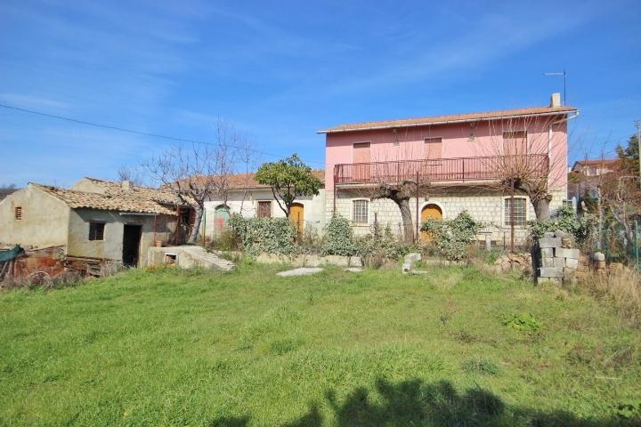 Casa indipendente in vendita a Pagliara, Frigento (AV)