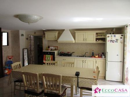 Appartamento in affitto a Maddaloni, 3 locali, zona Zona: Montedecoro, prezzo € 350 | Cambio Casa.it