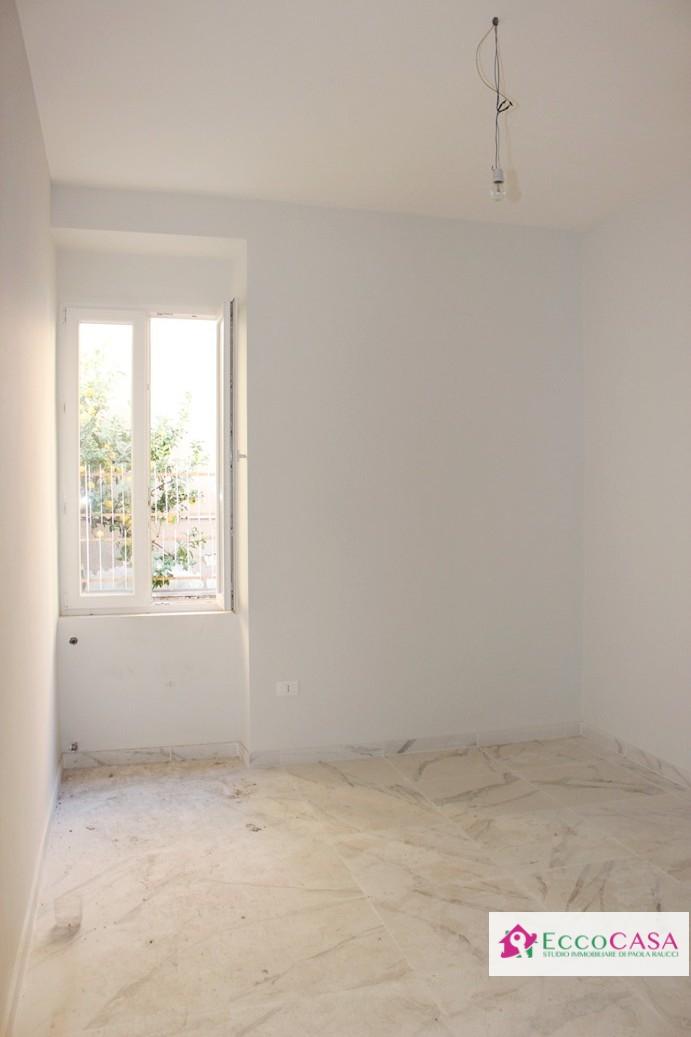 Appartamento in affitto a Maddaloni, 3 locali, prezzo € 350 | CambioCasa.it