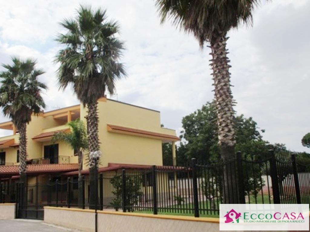 Villa in vendita a Maddaloni, 5 locali, prezzo € 297.000 | Cambio Casa.it