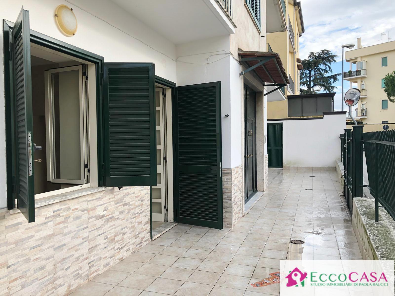 Appartamento in affitto a Maddaloni, 2 locali, prezzo € 350 | CambioCasa.it