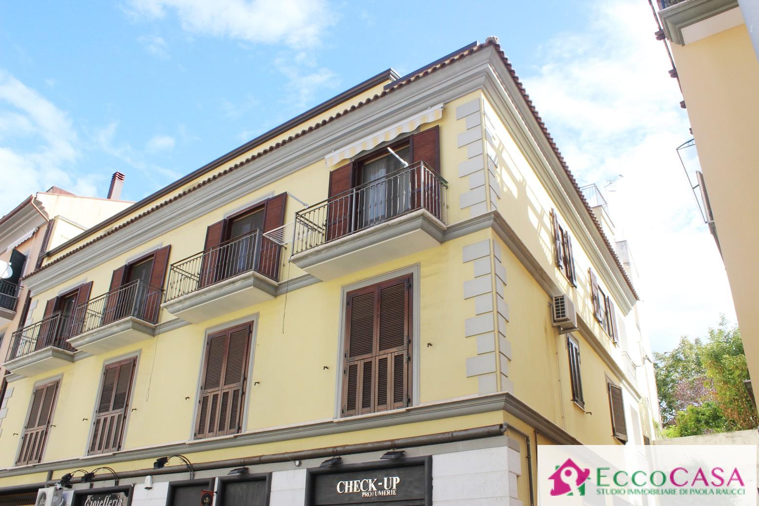 Appartamento in affitto a Maddaloni, 3 locali, prezzo € 430 | CambioCasa.it