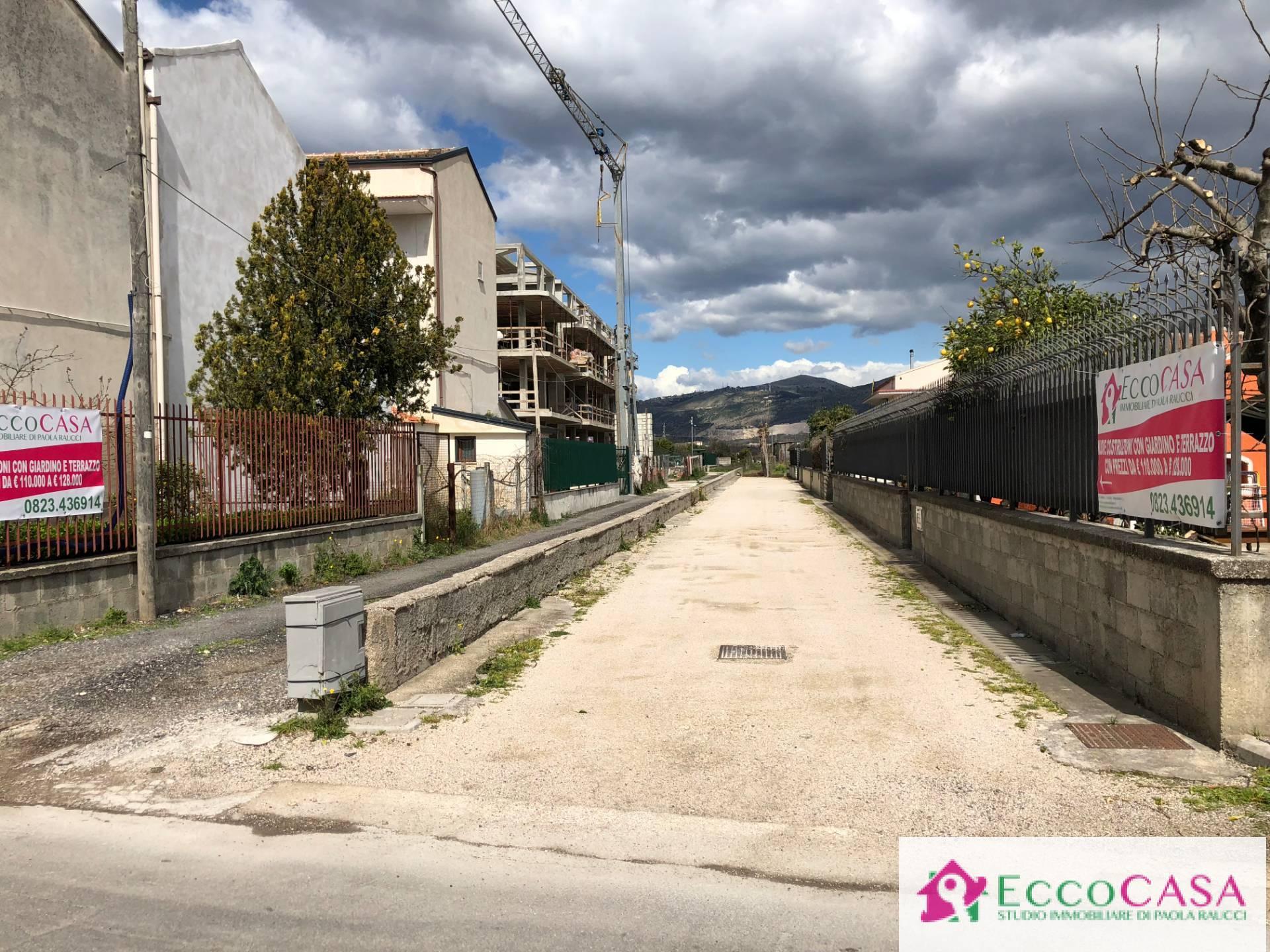 Appartamento in vendita a Maddaloni, 3 locali, prezzo € 123.172   CambioCasa.it