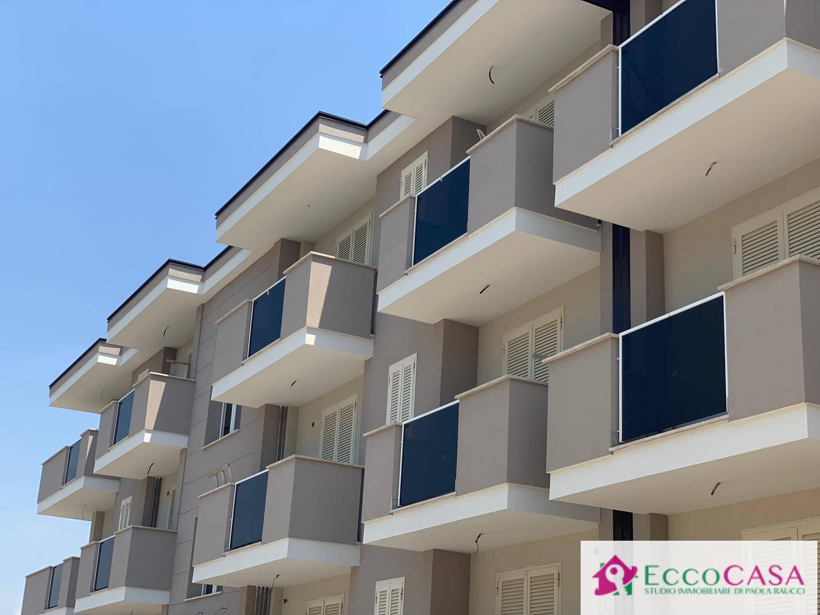 Appartamento in vendita a Maddaloni, 3 locali, prezzo € 166.500   CambioCasa.it
