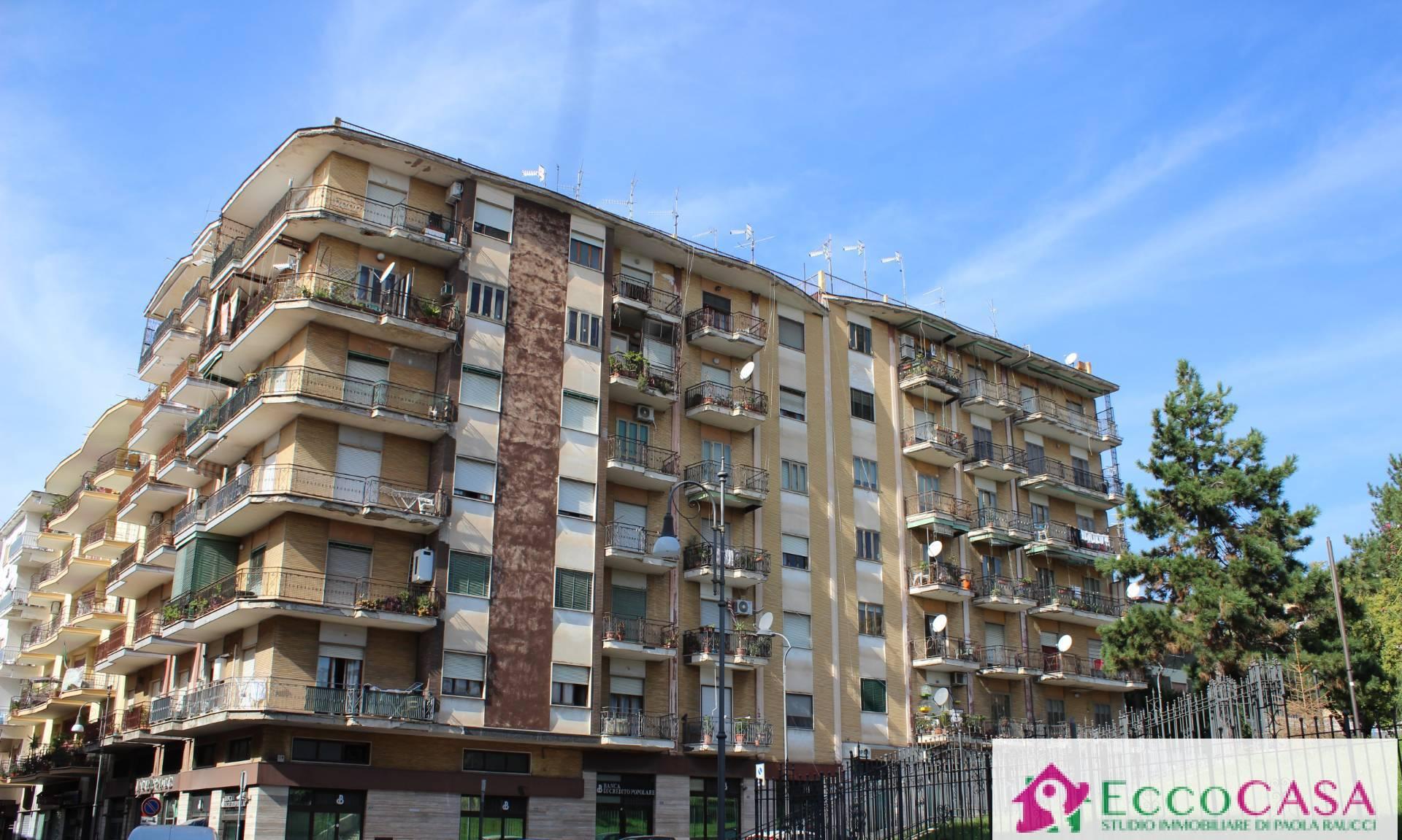 Appartamento in vendita a Maddaloni, 3 locali, prezzo € 47.000   CambioCasa.it
