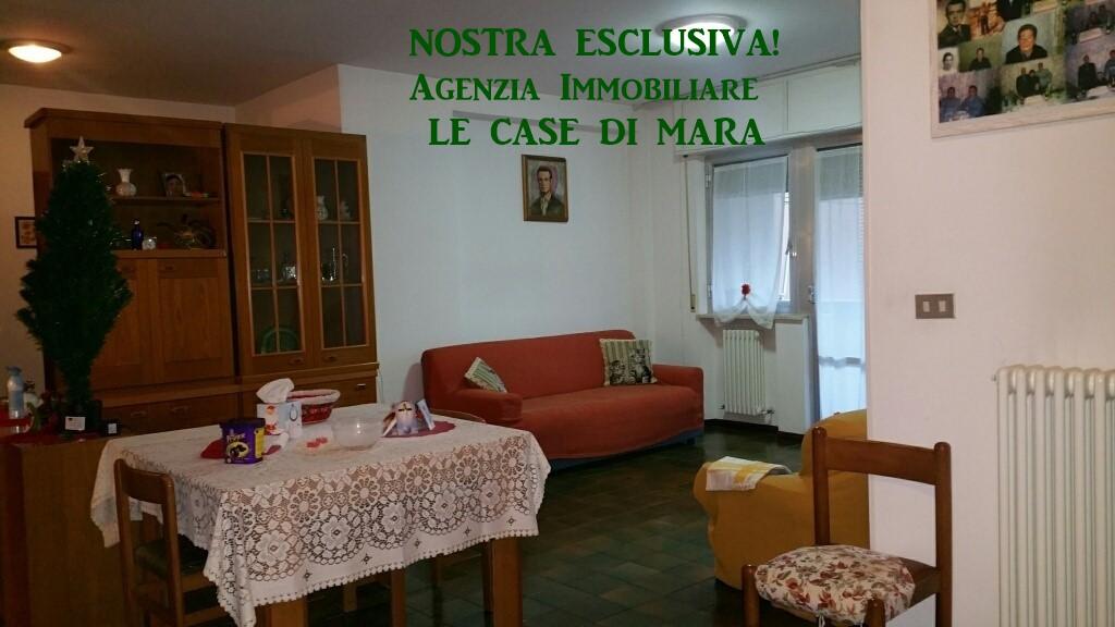 Appartamento in vendita a Ascoli Piceno, 6 locali, zona Zona: Monticelli, prezzo € 125.000 | Cambio Casa.it