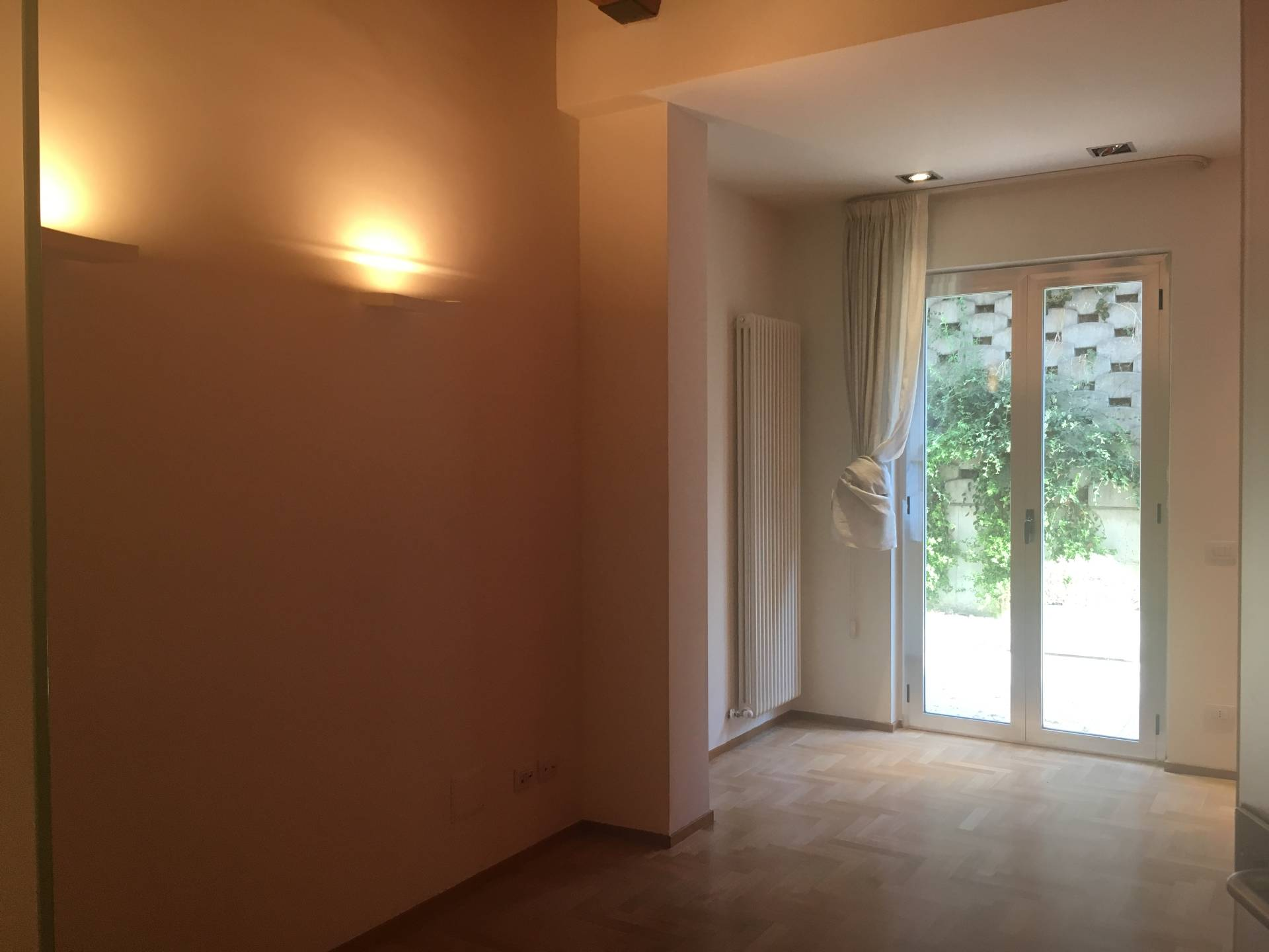 Appartamento in affitto a Ascoli Piceno, 2 locali, zona Località: CentroStorico, prezzo € 400 | Cambio Casa.it