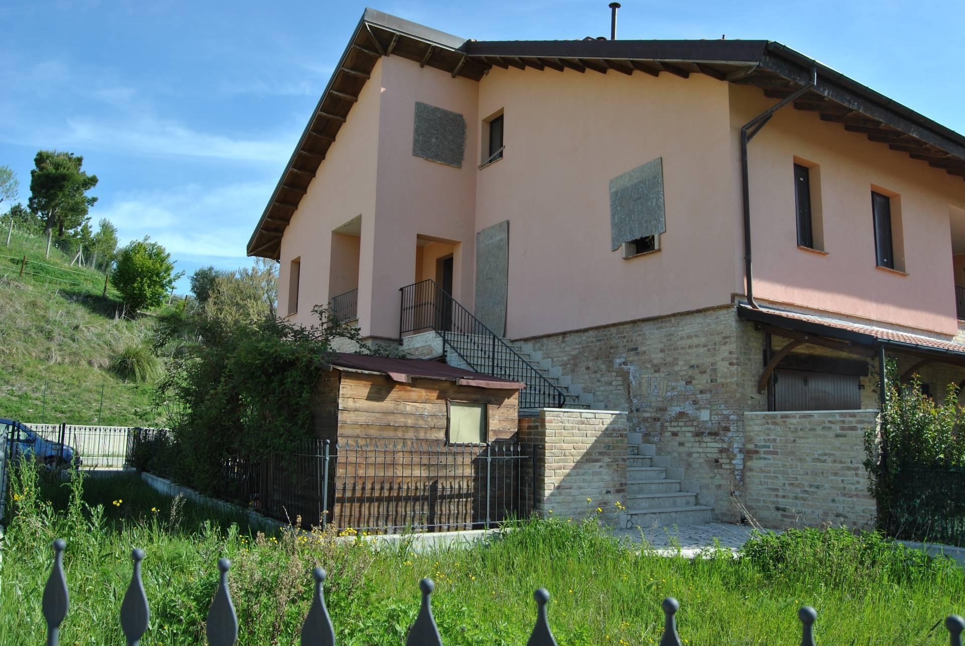 Appartamento, 200 Mq, Vendita - Ascoli Piceno (Ascoli Piceno)