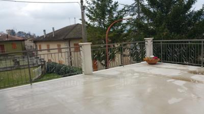 casa cielo-terra in Affitto a Venarotta