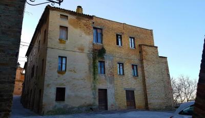 casa cielo-terra in Vendita a Ortezzano