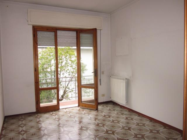 vendita appartamento viareggio migliarina  170000 euro  5 locali  80 mq
