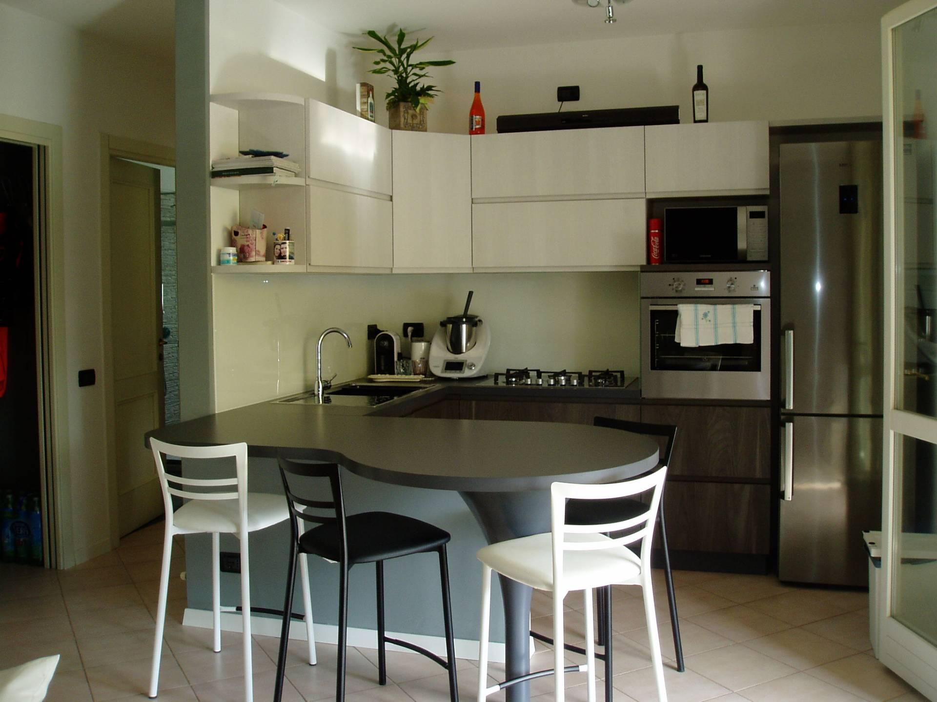vendita appartamento viareggio migliarina  185000 euro  4 locali  60 mq