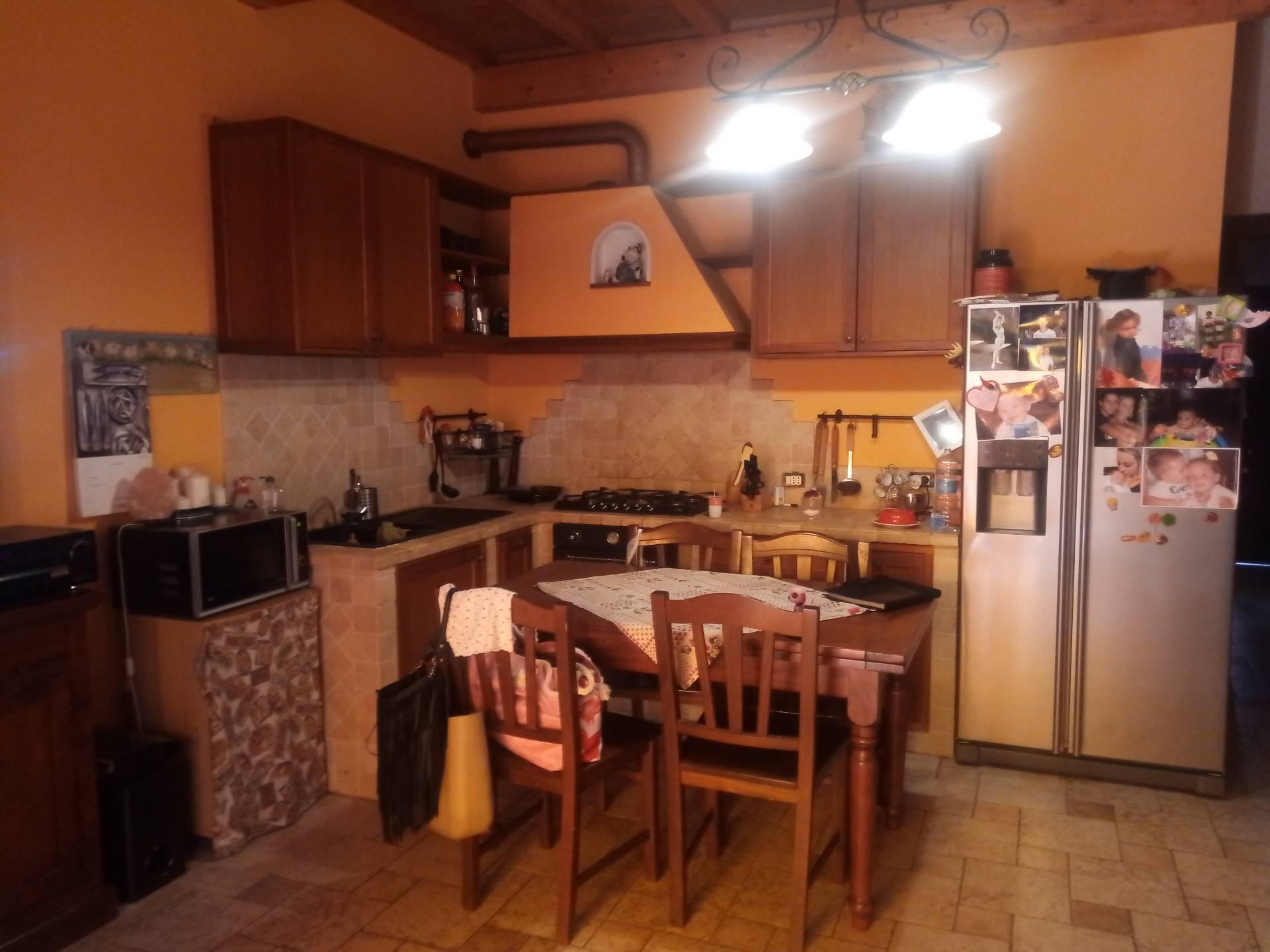 vendita appartamento viareggio varignano  160000 euro  5 locali  70 mq
