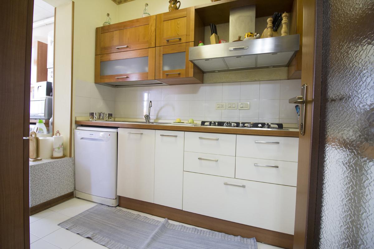 vendita appartamento viareggio terminetto  235000 euro  6 locali  95 mq