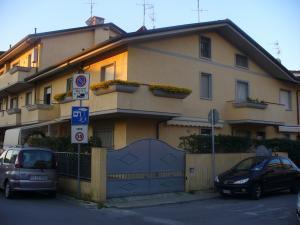 Ville e Villette a schiera in Vendita a Viareggio