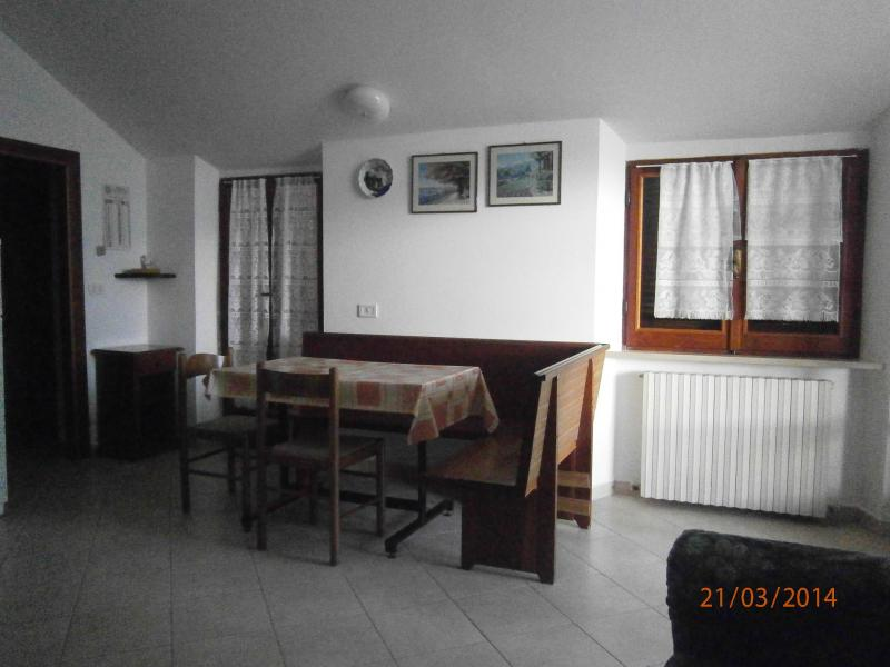 Appartamento in Affitto a Folignano