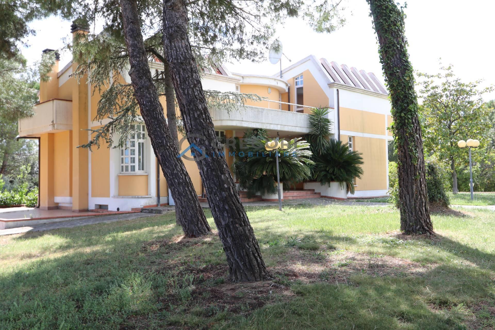 Villa in vendita a Nereto (TE)