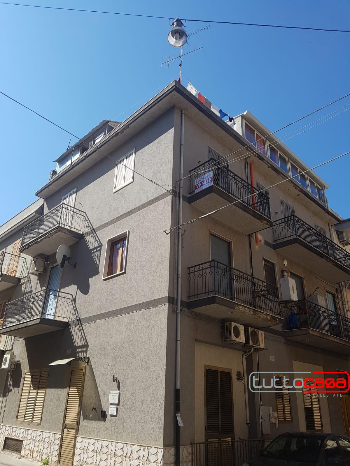 Appartamento in vendita a Scicli, 7 locali, zona li, prezzo € 130.000 | PortaleAgenzieImmobiliari.it