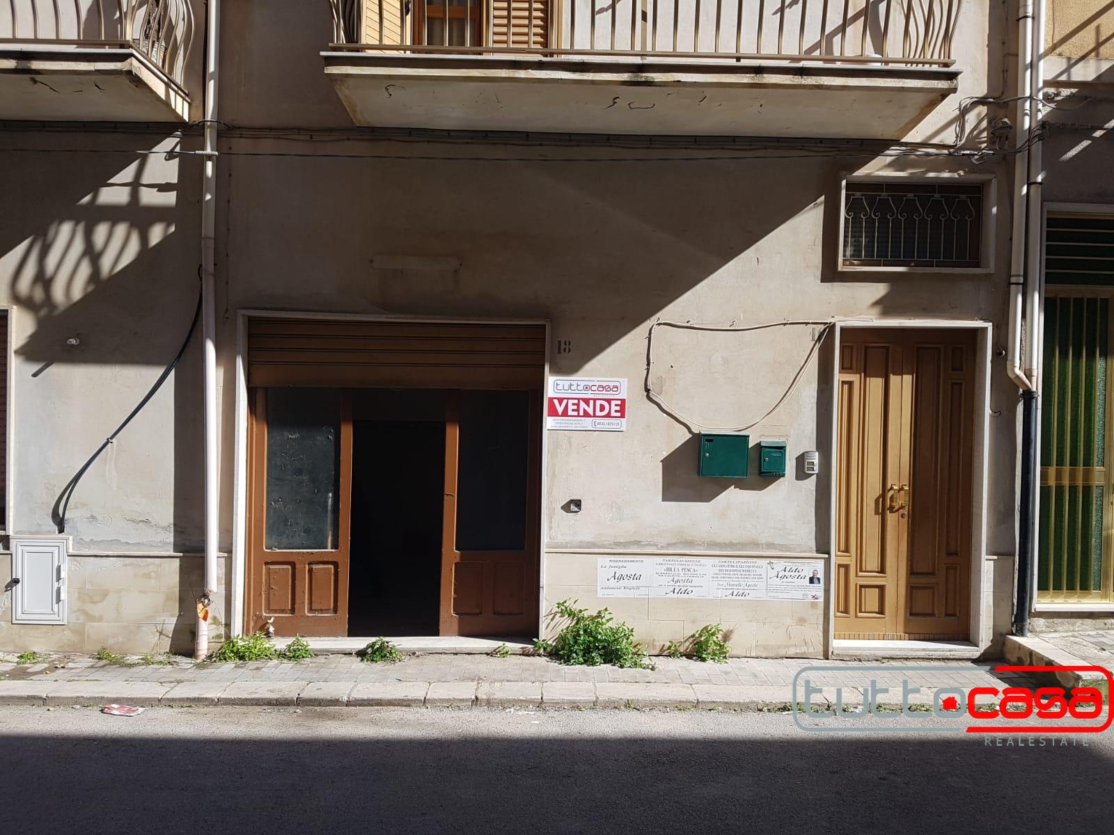 Appartamento in vendita a Scicli, 4 locali, zona li, prezzo € 55.000 | PortaleAgenzieImmobiliari.it