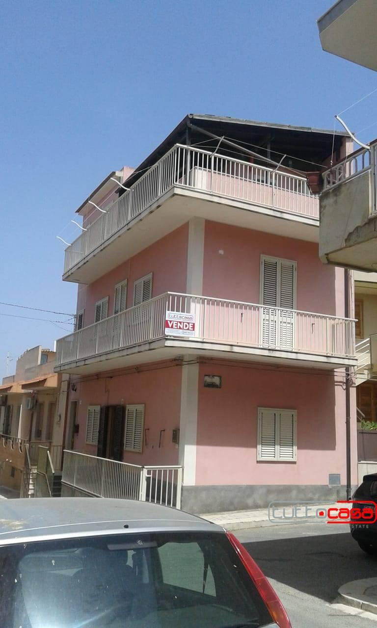 Appartamento in vendita a Scicli, 4 locali, zona alucata, prezzo € 70.000   PortaleAgenzieImmobiliari.it