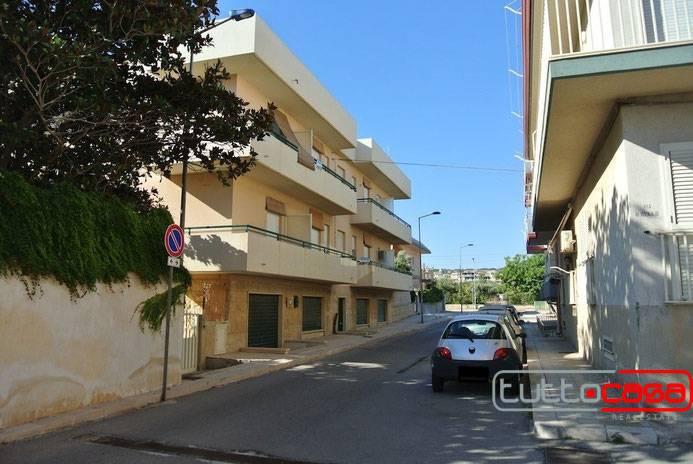 Appartamento in affitto a Scicli, 3 locali, prezzo € 500 | CambioCasa.it