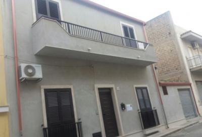 Casa singola in Vendita a Rosolini