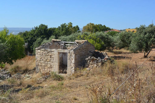 Casali e Fabbricati rurali in Vendita a Scicli