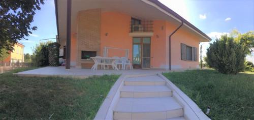 Villa in Vendita a Castellucchio
