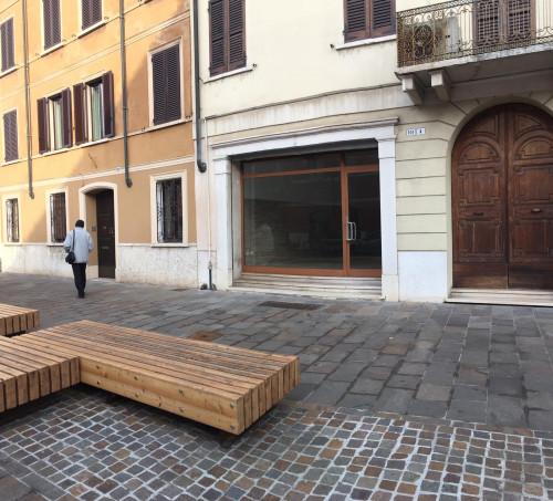 Attività commerciale in Affitto a Mantova