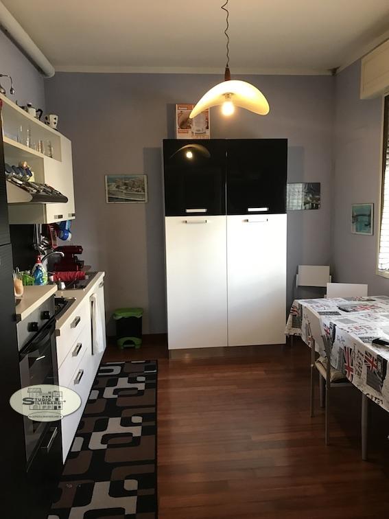 Appartamento in affitto a Formigine, 4 locali, zona Località: Formigine, prezzo € 1.000 | Cambio Casa.it