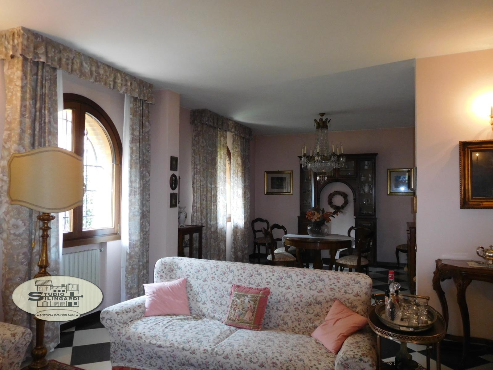 Villa in vendita a Formigine, 6 locali, zona Località: Formigine, Trattative riservate   Cambio Casa.it