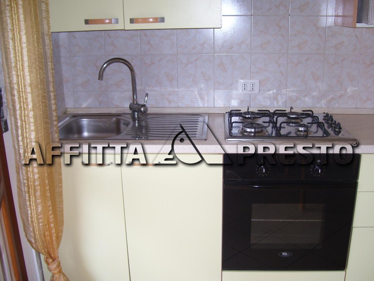 Appartamento in affitto a Cesena, 1 locali, zona Località: CaseGentili, prezzo € 400 | Cambio Casa.it